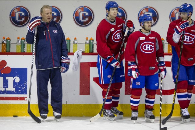 L'entraîneur Michel Therrien et les attaquants Colby Armstrong,... (Photo: Marco Campanozzi, La Presse)