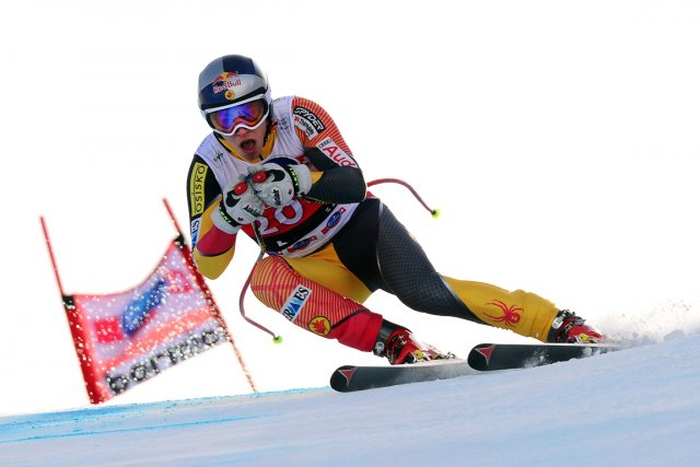 Erik Guay participera à la descente de Wengen,... (Photo: AFP)
