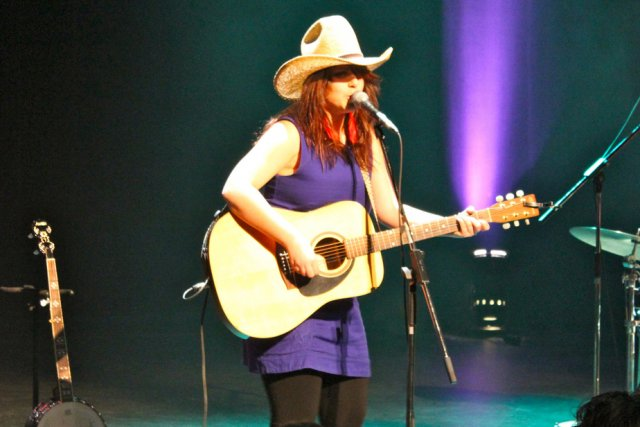 Lisa Leblanc s'est fait voler son chapeau de... (Photo: Audrey Tremblay)