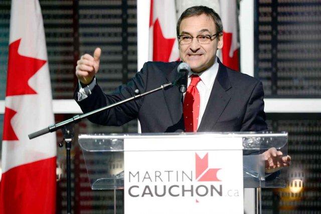Martin Cauchon... (La Presse Canadienne)