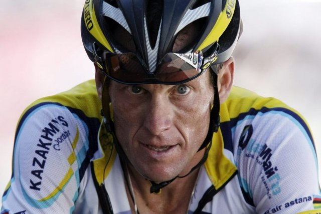 Lance Armstrong... (PHOTO LAURENT REBOURS, AP)