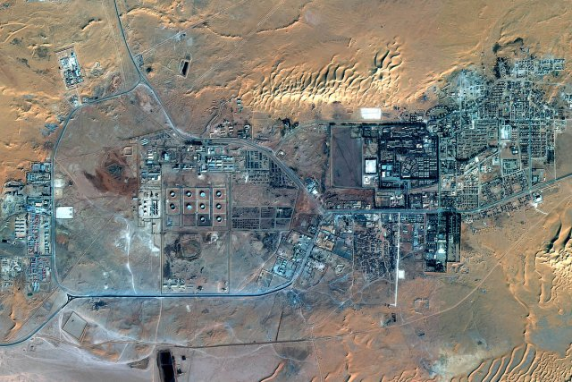 Le complexe gazier d'In Amenas (1300 km au... (Photo: AFP/EADS/ASTRIUM SERVICES 2013)