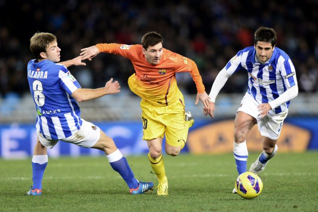 Lionel Messi et ses coéquipiers du FC Barcelone... (Photo : Vincent West, Reuters)