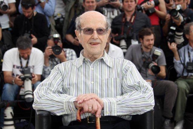 Manoel de Oliveira... (Photo: archives AFP)