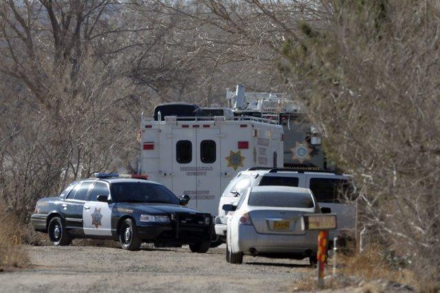 Plusieurs armes ont été retrouvées sur les lieux... (Photo: AP)