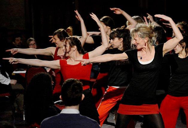 La compagnie de danse Axile.... (Imacom, Frédéric Côté)