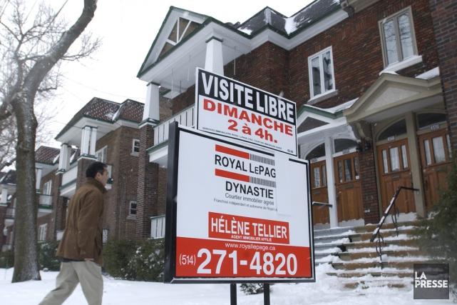 Les ventes de propriétés reculeront de 7% cette... (Photo Robert Skinner, archives La Presse)