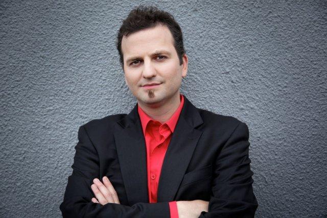 Le violoniste Antoine Bareil interprétera la Symphonie espagnole...
