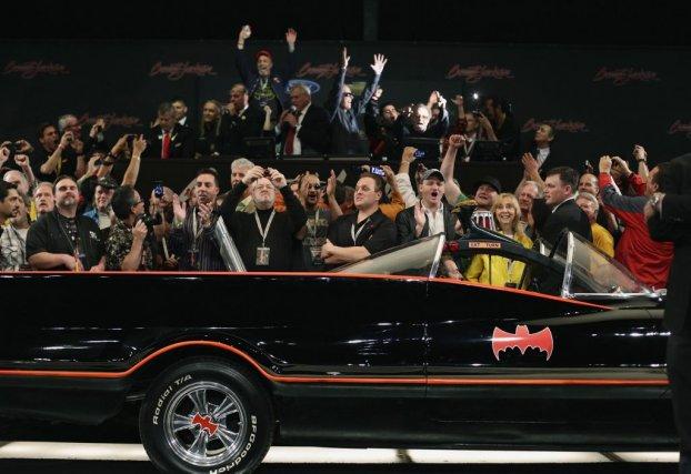 La Batmobile originale a été vendue aux enchères... (Photo Reuters)