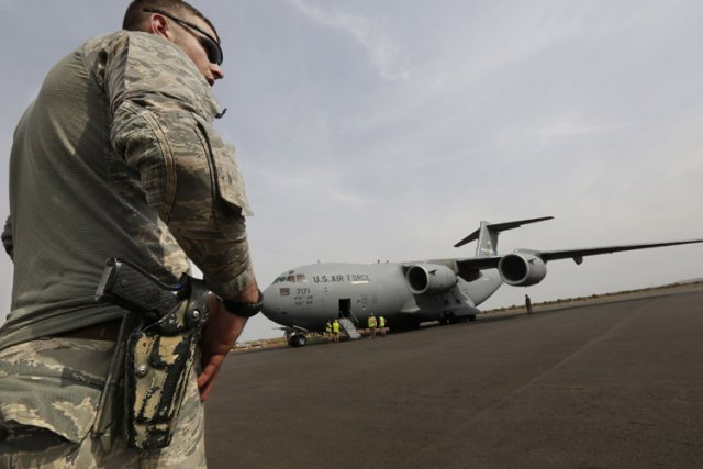Outre les C-17 (photo), finalement mis à disposition... (Photo: Reuters)