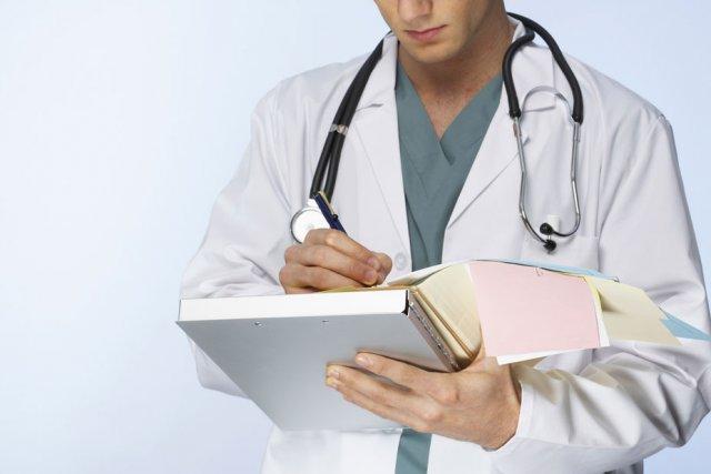 Selon les données de l'ICIS, les médecins québécois...