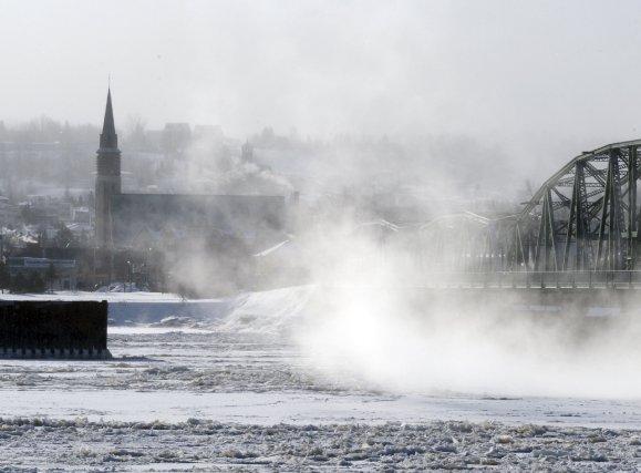 La période de grand froid que traverse le Québec a des répercussions sur les... (Photo Jeannot Levesque)