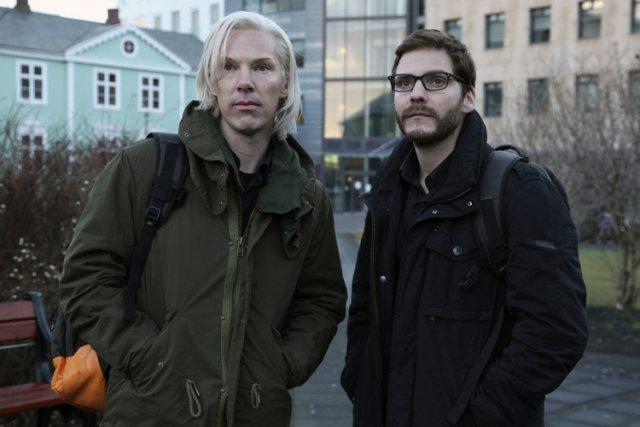 Benedict Cumberbatch joue Julian Assange, tandis queDaniel Bruhl... (Dreamworks)