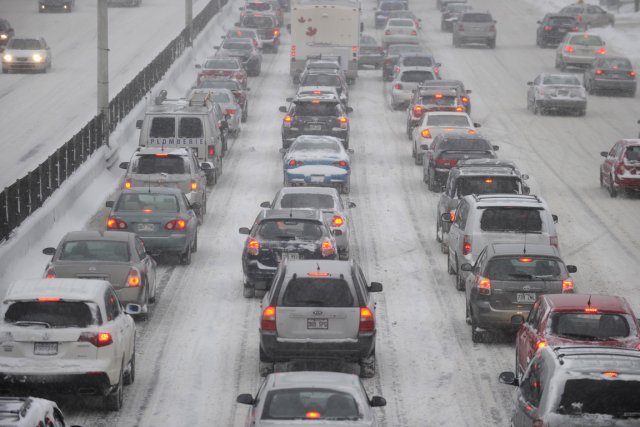 La congestion routière coûterait plus de 1,4 milliard... (PHOTO BERNARD BRAULT, ARCHIVES LA PRESSE)