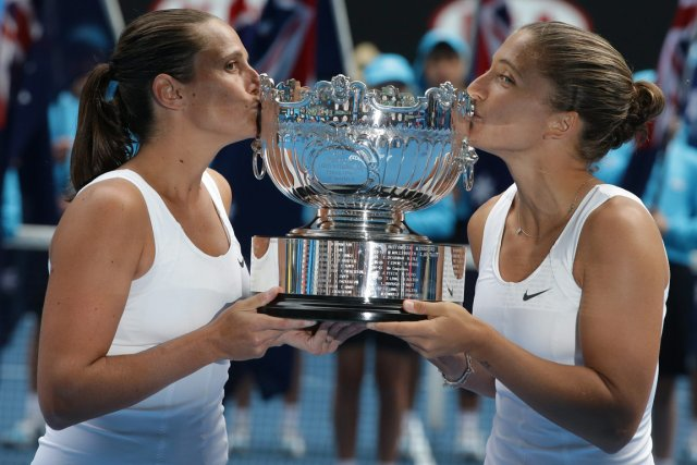 Les Italiennes Roberta Vinci et Sara Errani ont... (Photo: AP)