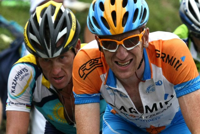 Lance Armstrong et Bradley Wiggins au Tour de... (Photo: AFP)