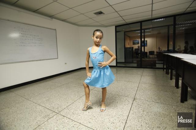 Les futures Miss apprennent à marcher en se... (Photo: Annie Zielinski, fournie par RDI)