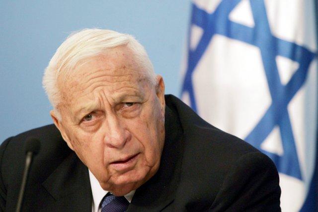 Ariel Sharon, photographié le 16 novembre 2005.... (AFP)