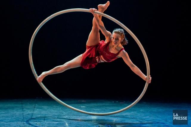 Angelica Bongiovonni, une spécialiste de roue Cyr, a... (Photo: Roland Lorente, fournie par l'École nationale de cirque)