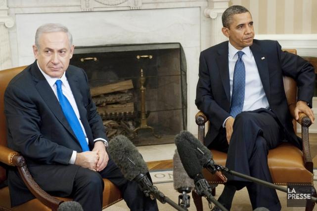 Le premier ministre israélien, Benyamin Nétanyahou (à gauche),... (PHOTO SAUL LOEB, ARCHIVES AFP)
