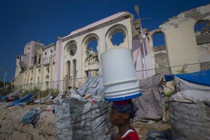 Après avoir aidé au nettoyage en Haïti en 2010, construit des maisons l'année... (Archives La Presse)