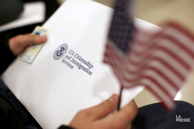 Selon un sondage CBS, 51 % des Américains sont... (PHOTO ROBERT GALBARAITH, REUTERS)