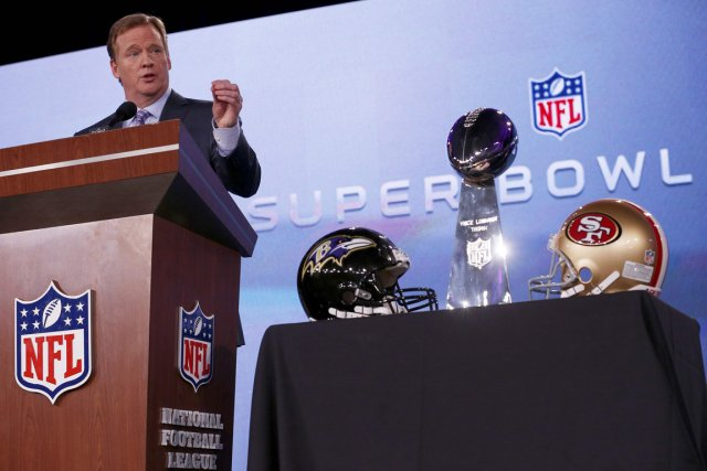 Le commissaire de la NFL, Roger Goodell, a... (Photo Jim Young, Reuters)