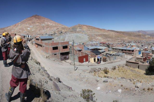 Le Cerro Rico (Colline riche) projette son ombre... (Photo: Sylvain Sarrazin, La Presse)