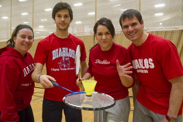 L'équipe de badminton des Diablos recevra les autres... (Photo: Stéphane Lessard)