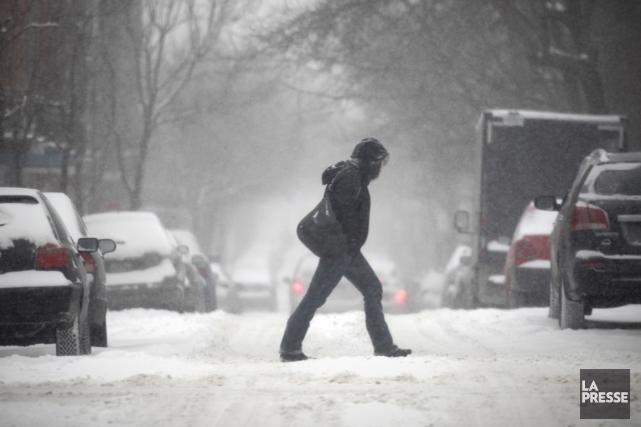 Vendredi neigeux à Montréal.... (Photo Marco Campanozzi, La Presse)
