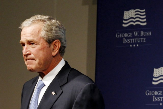 George W. Bush... (PHOTO KEVIN LAMARQUE, ARCHIVES REUTERS)