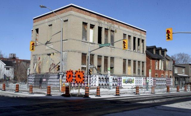 La Ville d'Ottawa a entre autres ordonné au... (Patrick Woodbury, LeDroit)