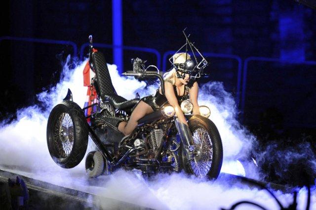 Sans être sur un sévère déclin, Lady Gaga... (Photo fournie par la production)