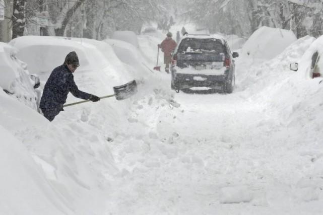 La tempête hivernale qui a touché les États-Unis... (PHOTO CHARLES KRUPA, AP)