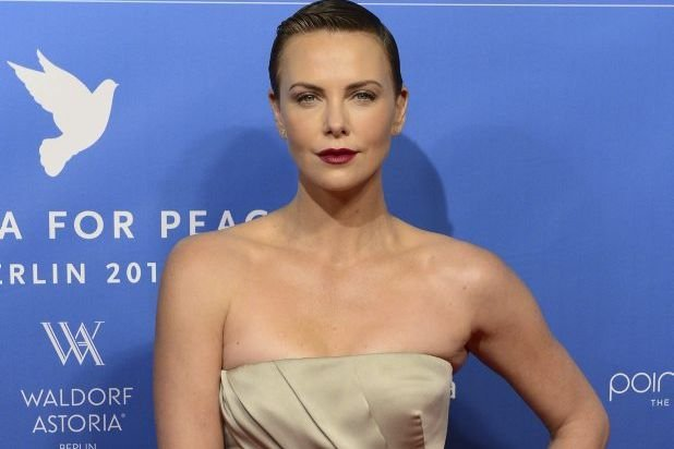 Charlize Theron à la Berlinale.... (Photo: AFP)