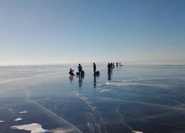 Les participants de la première vague se traînaient... (Photo Louis Potvin)