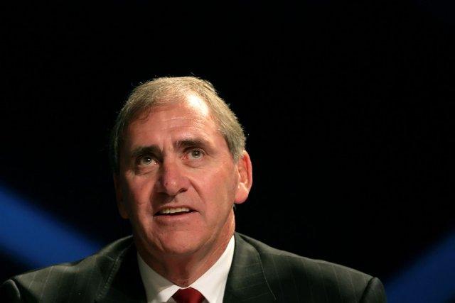 Le président de l'Agence mondiale antidopage, John Fahey.... (Photo Pierre-Philippe Marcou, AFP)
