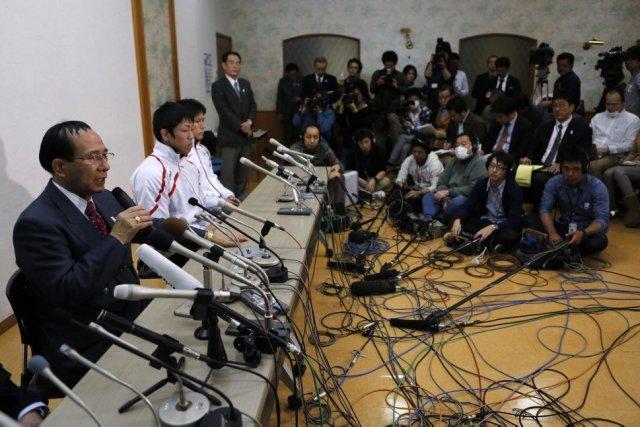 Le président de la Fédération japonaise Tomiaki Fukuda... (PHOTO TORU HANAI, REUTERS)