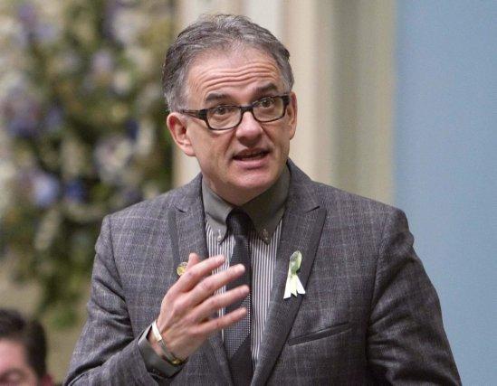 Le ministre de la Santé et des ... (La Presse Canadienne)