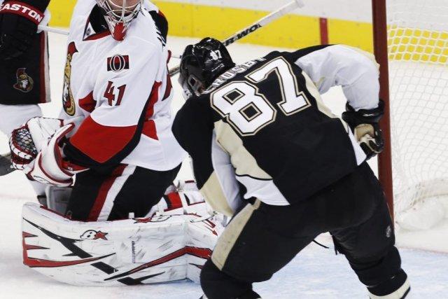 James Neal a inscrit deux buts, Sidney Crosby a récolté un but et deux aides et... (Photo Reuters)