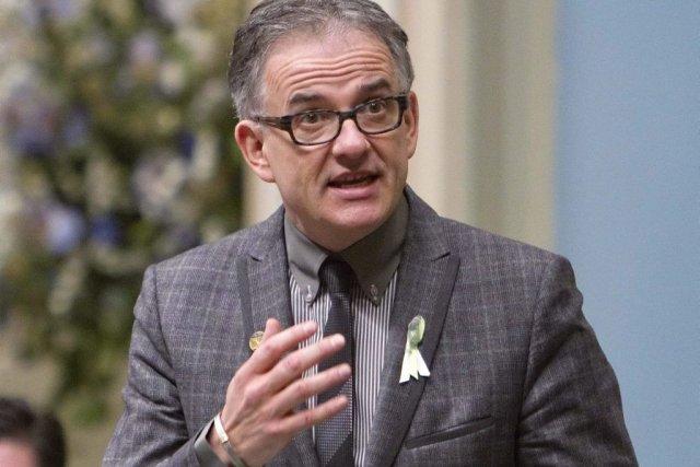 Le ministre Réjean Hébert a catégoriquement fermé la... (La Presse Canadienne)