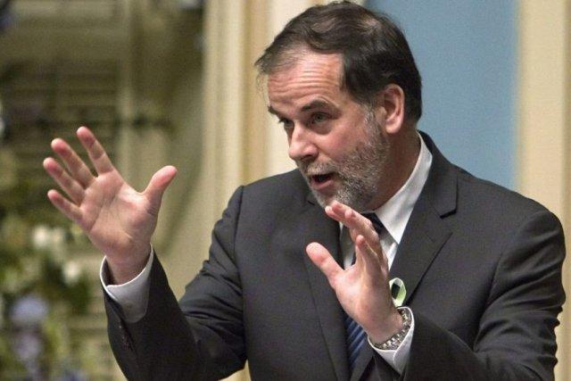 Le ministre Pierre Duchesne invite à nouveau l'ASSÉ... (La Presse Canadienne)