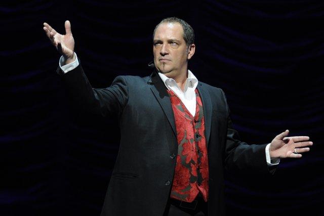 Messmer présentera son nouveau spectacle Intemporel les 21...