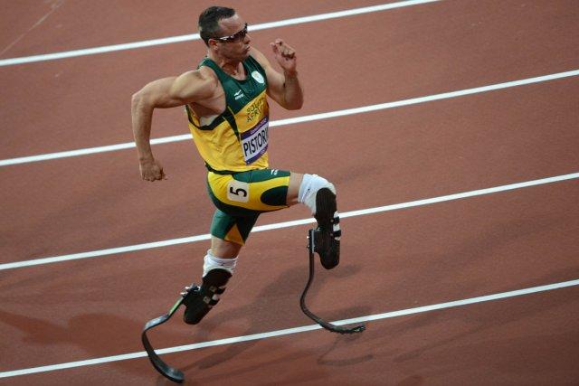 L'athlète sud-africain Oscar Pistorius... (Photo : Johannes Eisele, archives AFP)