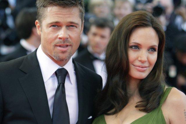 Angelina Jolie et Brad Pitt... (Archives AP)