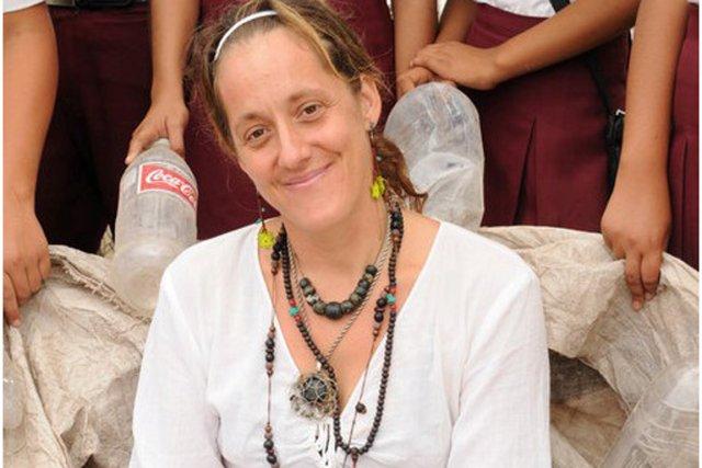 Isabelle Gauthier-Nadeau, alors qu'elle travaillait à l'assemblage de... (Photo fournie par la famille d'Isabelle Gauthier-Nadeau)