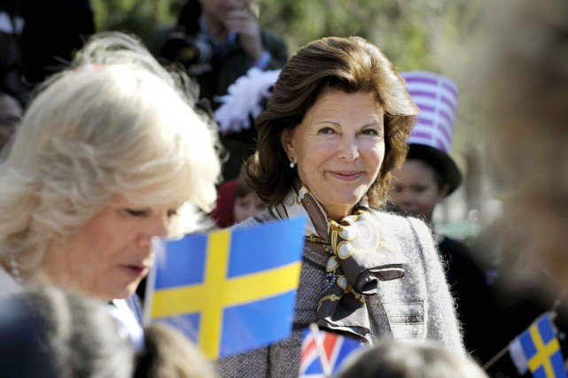 La reine de Suède Silvia (à droite), photographiée... (PHOTO JANERIK HENRIKSSON, ARCHIVES REUTERS)