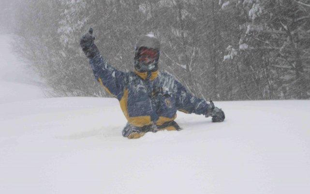 Hier après-midi, déjà 80 centimètres de neige s'étaient... ((Courtoisie))