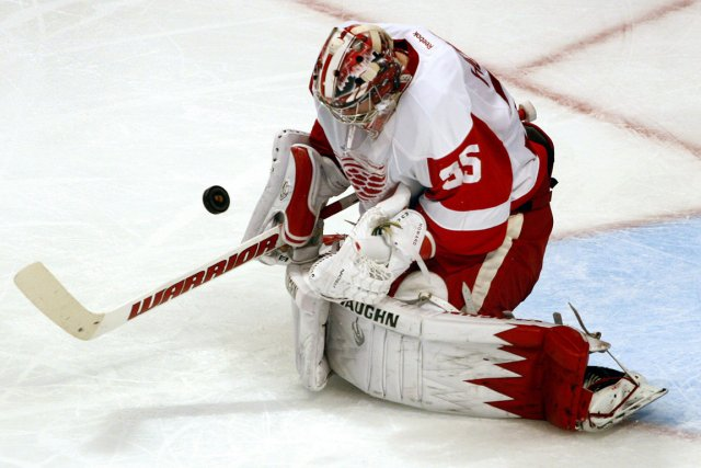 Jimmy Howard... (Photo John Smierciak, AP)
