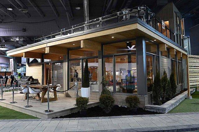 La maison Natur-T comprend deux terrasses, une qui... (Le Soleil, Patrice Laroche)